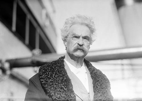 http://commons.wikimedia.org/wiki/File:Samuel_L_Clemens,_1909.jpg