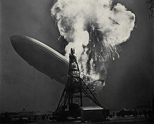 http://en.wikipedia.org/wiki/Image:Hindenburg_disaster.png