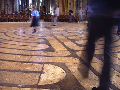 http://commons.wikimedia.org/wiki/Image:Labyrinth_at_Chartres_Cathedral.JPG