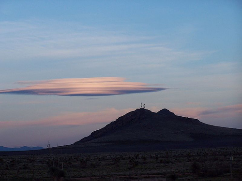 http://commons.wikimedia.org/wiki/Image:New-Mexico-Lenticular.jpg