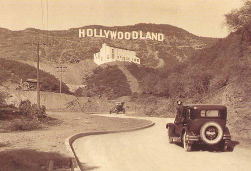http://en.wikipedia.org/wiki/Image:Hollywoodland.jpg