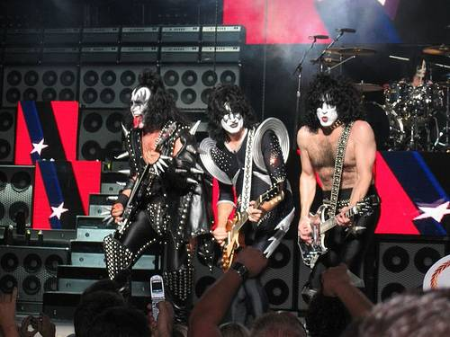 http://commons.wikimedia.org/wiki/Image:KISS_in_concert_Boston_2004.jpg