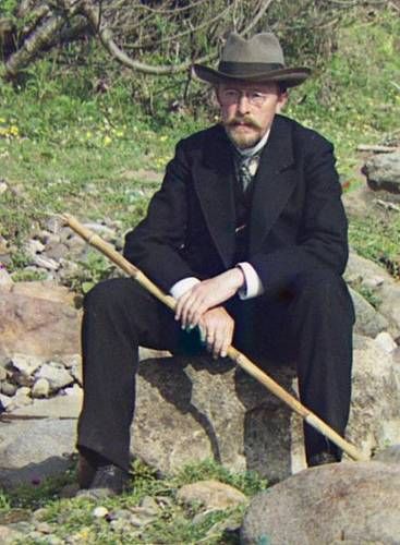 http://commons.wikimedia.org/wiki/Image:Sergei-Prokudin-Gorski-Larg.jpg