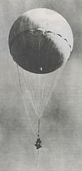 http://commons.wikimedia.org/wiki/Image:Japanese_fire_balloon_moffet.jpg