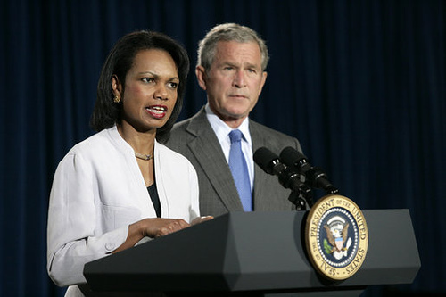 http://commons.wikimedia.org/wiki/Image:Rice_answers_press_questions_w_Bush_August_7_2006.jpg