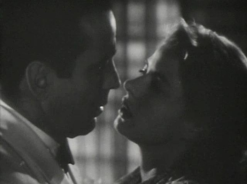 http://commons.wikimedia.org/wiki/Image:Casablanca%2C_Trailer_Screenshot.JPG