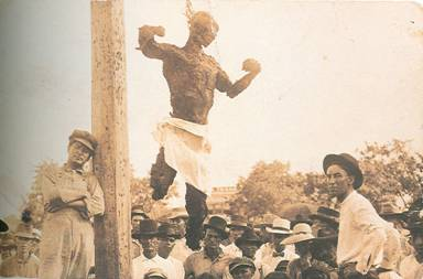 http://commons.wikimedia.org/wiki/Image:Lynching-of-jesse-washington.jpg