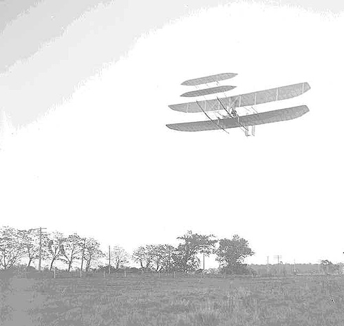 http://commons.wikimedia.org/wiki/Image:WrightFlyer1905.jpg