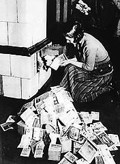 http://en.wikipedia.org/wiki/Image:Inflation-1923.jpg