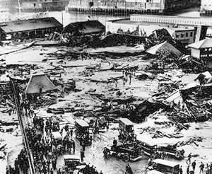 http://commons.wikimedia.org/wiki/File:BostonMolassesDisaster.jpg