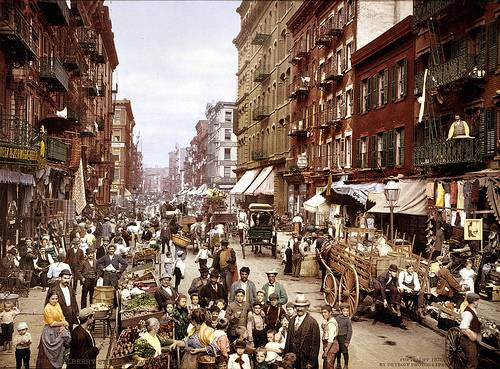 http://commons.wikimedia.org/wiki/Image:Mulberry_Street_NYC_c1900_LOC_3g04637u_edit.jpg