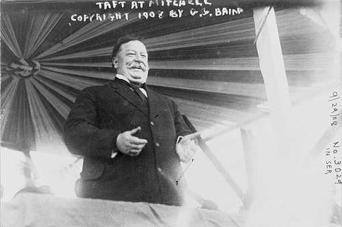http://commons.wikimedia.org/wiki/Image:Taft_at_Mitchell.jpg
