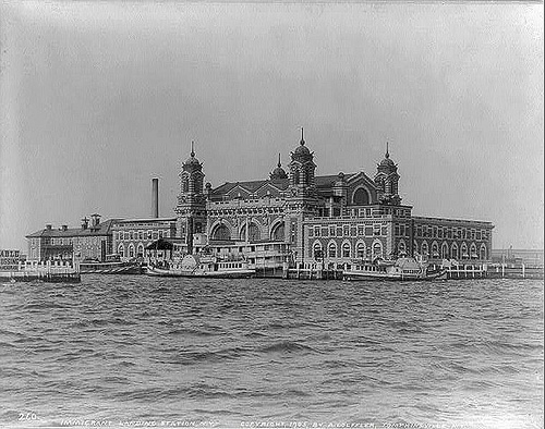 http://commons.wikimedia.org/wiki/Image:Ellis_Island_in_1905.jpg