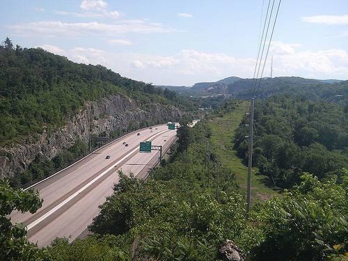 http://en.wikipedia.org/wiki/File:I-287_Wanaque_NJ.jpg