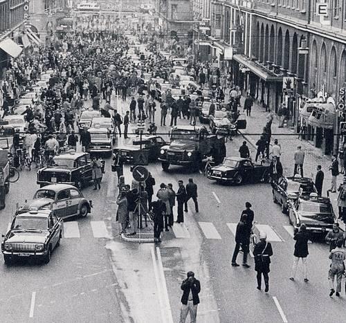 http://commons.wikimedia.org/wiki/File:Kungsgatan_1967.jpg