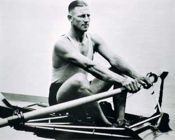 http://en.wikipedia.org/wiki/File:1928-HenryBobbyPearce.jpg