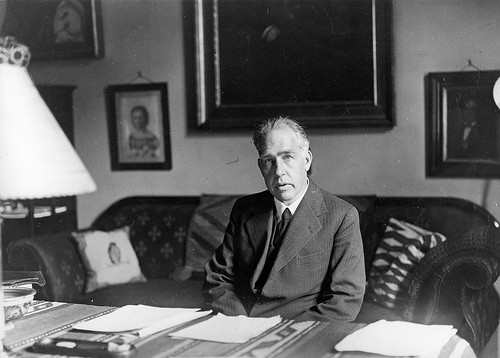 http://commons.wikimedia.org/wiki/File:Niels_Bohr_1935.jpg