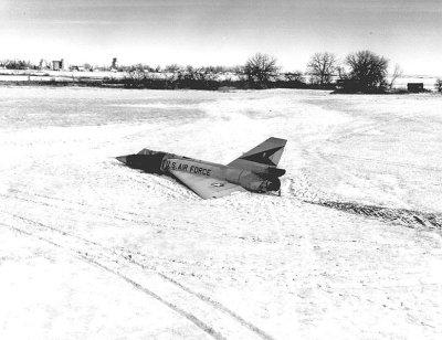 http://commons.wikimedia.org/wiki/File:F-106_unmanned_landing.jpg