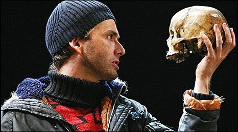 http://en.wikipedia.org/wiki/File:Tennant_and_Tchaikowsky_as_Hamlet_and_Yorick.jpg