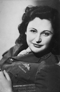 http://commons.wikimedia.org/wiki/File:Nancy_Wake_(1945).jpg