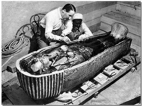 http://commons.wikimedia.org/wiki/File:Tuts_Tomb_Opened.JPG