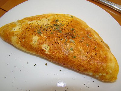 http://commons.wikimedia.org/wiki/File:Omelet_With_Fixings.jpg