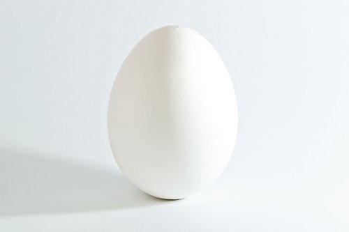 http://commons.wikimedia.org/wiki/File:White_chicken_egg_square.jpg