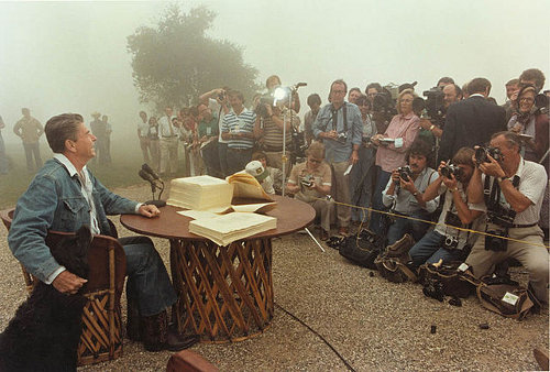 http://commons.wikimedia.org/wiki/File:President_Reagan_meets_with_the_Press_1981.jpg