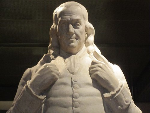 https://commons.wikimedia.org/wiki/File:Benjamin_Franklin_statue_at_National_Portrait_Gallery_IMG_4374.JPG