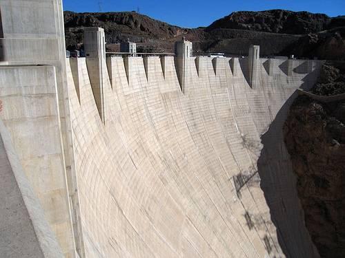 http://en.wikipedia.org/wiki/Image:Hoover_Dam_01.jpg