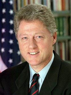 https://commons.wikimedia.org/wiki/File:44_Bill_Clinton_3x4.jpg