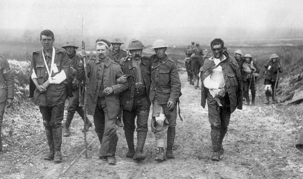 https://commons.wikimedia.org/wiki/File:British_wounded_Bernafay_Wood_19_July_1916.jpg