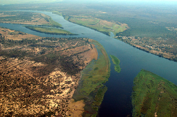 https://commons.wikimedia.org/wiki/File:Zambezi_River_at_junction_of_Namibia,_Zambia,_Zimbabwe_%26_Botswana.jpg