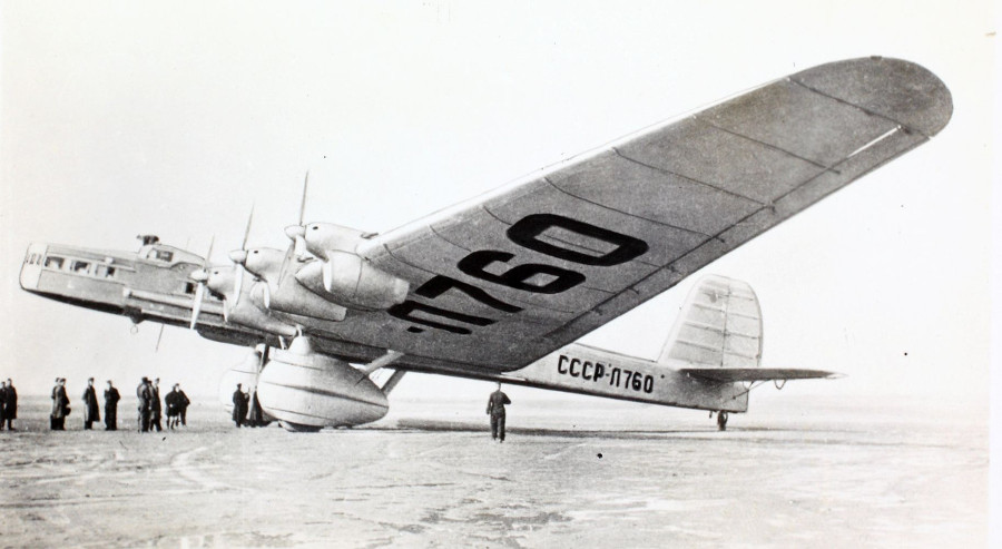 https://commons.wikimedia.org/wiki/File:Tupolev_TB-3_(14260526127).jpg