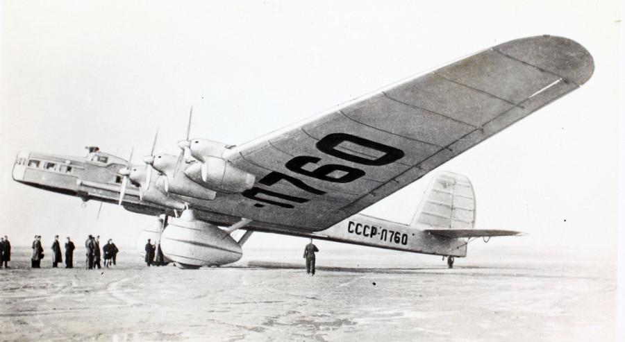https://commons.wikimedia.org/wiki/File:Tupolev_TB-3_(14260526127).jpg