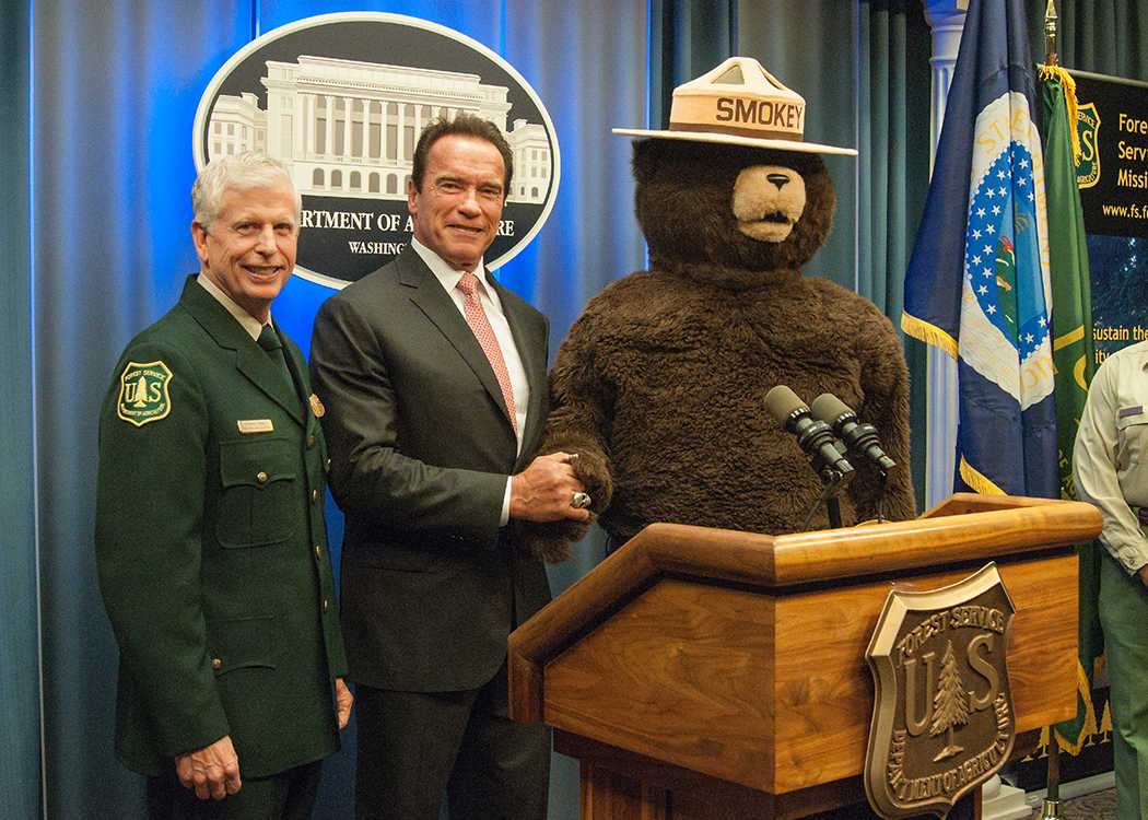 https://commons.wikimedia.org/wiki/File:Smokey_with_Thomas_Tidwell,_Chief_of_the_United_States_Forest_Service,_and_Arnold_Schwarzenegger.jpg