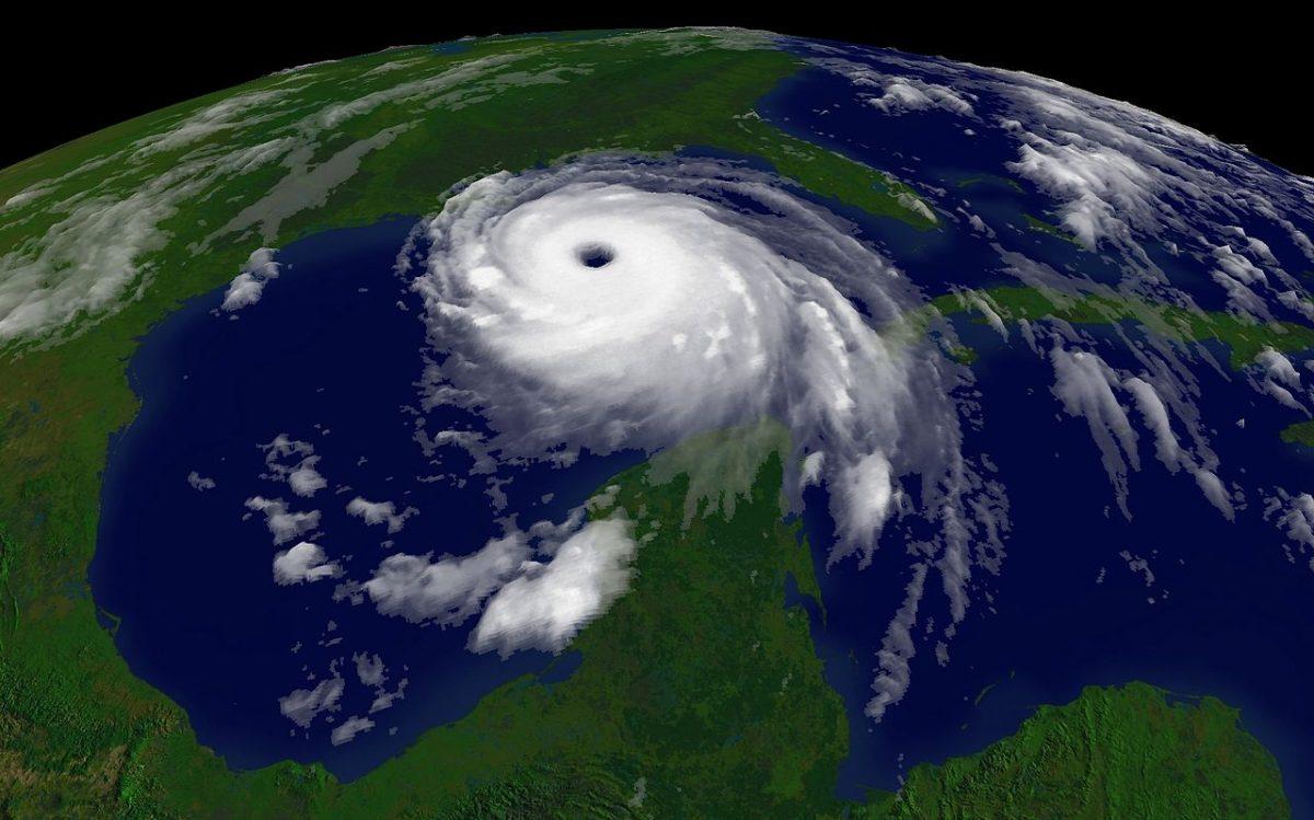https://commons.wikimedia.org/wiki/File:Katrina-noaaGOES12.jpg