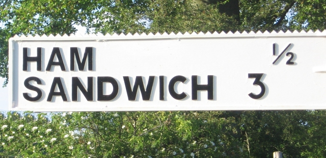 https://commons.wikimedia.org/wiki/File:Ham_Sandwich_finger_post_-_geograph.org.uk_-_302959.jpg