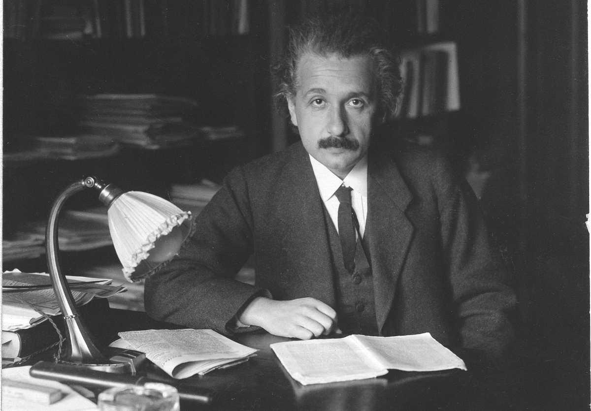 https://commons.wikimedia.org/wiki/File:Albert_Einstein_photo_1920.jpg