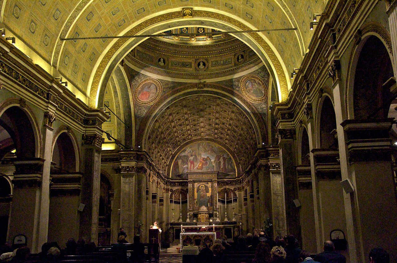 https://commons.wikimedia.org/wiki/File:SanSatiroInteriors.jpg