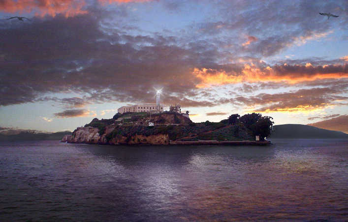 https://en.wikipedia.org/wiki/File:Alcatraz_Island_at_Sunset.jpg