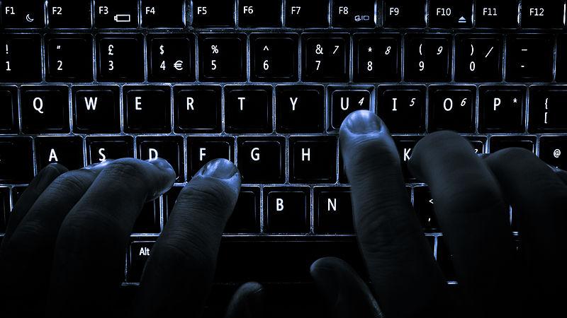 https://commons.wikimedia.org/wiki/File:Backlit_keyboard.jpg