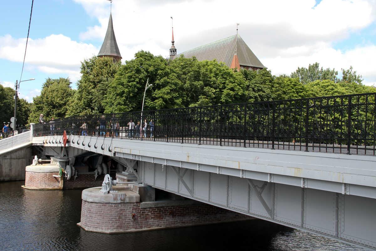 Alex Baumans Königsberg bridge