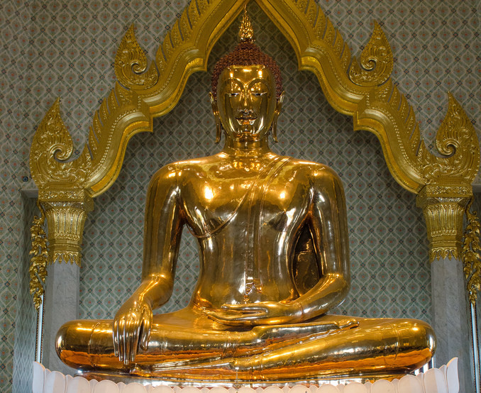 https://commons.wikimedia.org/wiki/File:Golden_buddha.jpg