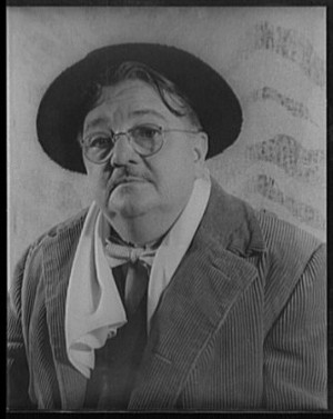 https://commons.wikimedia.org/wiki/File:Portrait_of_Alexander_Woollcott_LCCN2004663764.tif