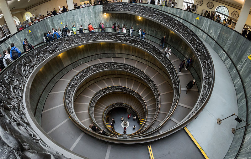 https://commons.wikimedia.org/wiki/File:Vatican_Museums_Spiral_Staircase_2012.jpg