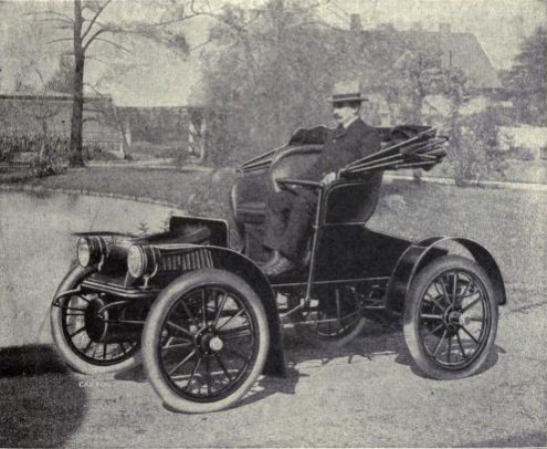 https://commons.wikimedia.org/wiki/File:1909_Baker_Suburban_Runabout.jpg