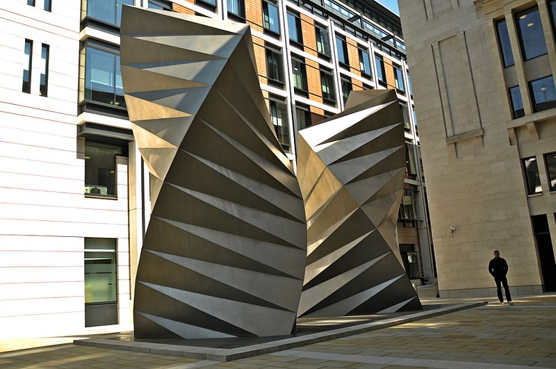https://commons.wikimedia.org/wiki/File:Angel%27s_Wings_sculpture_by_Thomas_Heatherwick,_Bishop%27s_Court,_London_01.JPG