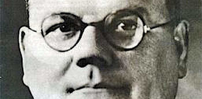 https://en.wikipedia.org/wiki/File:John_Bodkin_Adams_1940s.jpg