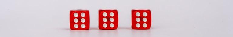 https://pixahive.com/photo/3-sixes-on-dice/